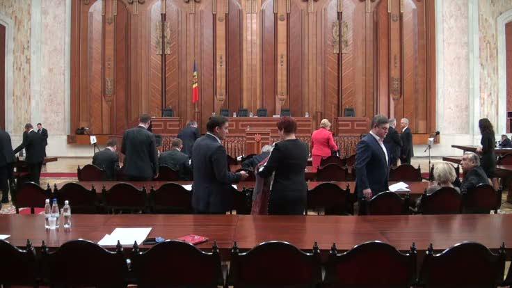 Ședința Parlamentului Republicii Moldova din 10 octombrie 2013
