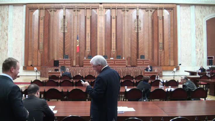 Ședința Parlamentului Republicii Moldova din 18 octombrie 2013