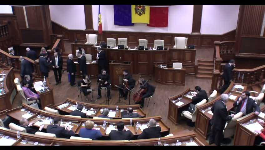 Ședința Parlamentului Republicii Moldova din 13 februarie 2014