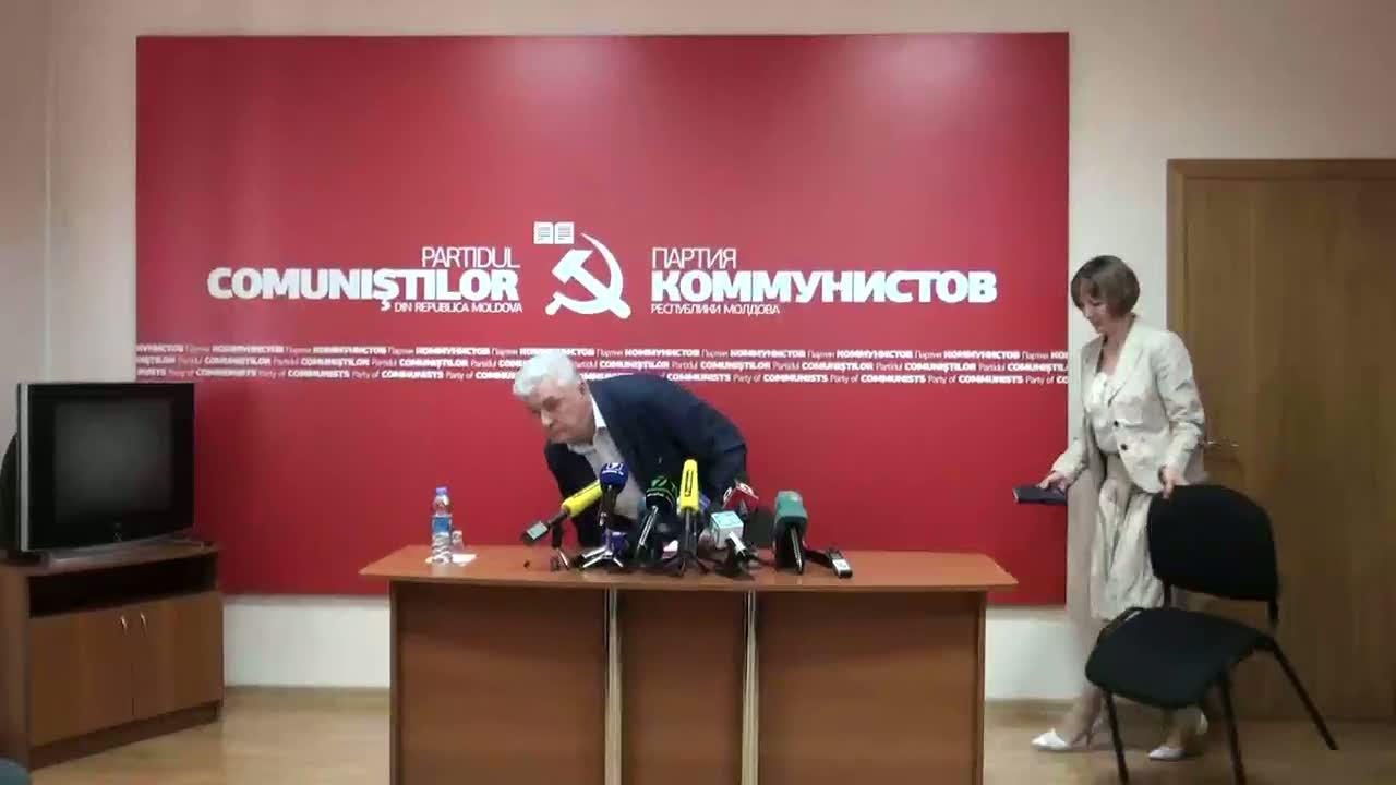 Conferință de presă susținută de președintele PCRM, Vladimir Voronin, 11.00