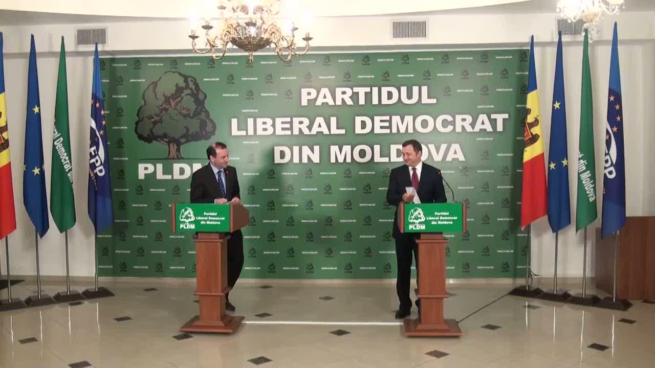 Conferință de presă susținută de președintele PLDM, Vlad Filat, și președintele grupului PPE în Parlamentul European, Manfred Weber, 10.00