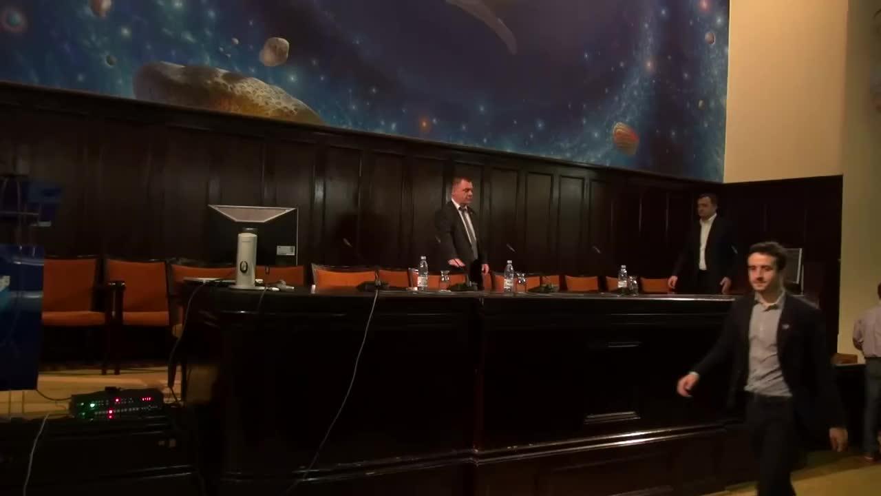 """Dezbaterea publică """"Votez în România pentru Moldova"""", cu participarea președintelui PLDM, Vlad Filat, Marţi, 25 Noiembrie 2014, 16.00"""