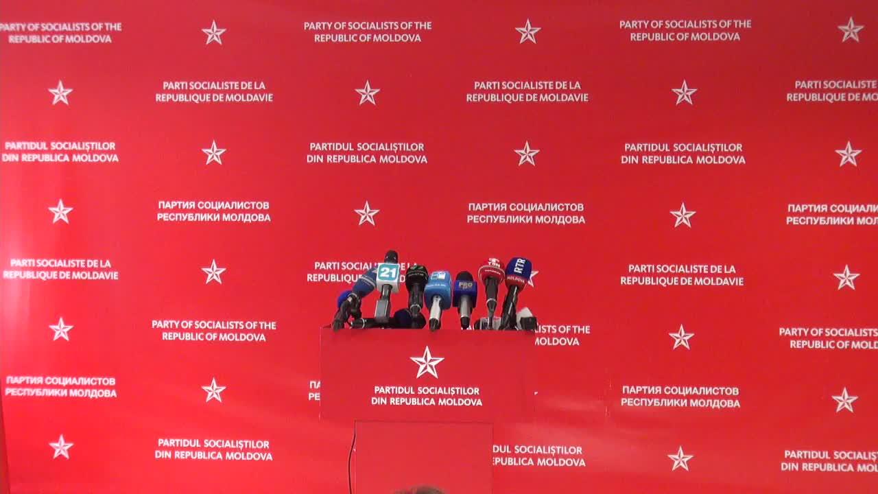 Conferinţă de presă susţinută de preşedintele PSRM, Igor Dodon, după anunţarea rezultatelor preliminare ale alegerilor parlamentare, 14.00