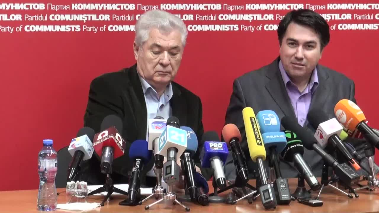 Conferință de presă susținută de președintele PCRM, Vladimir Voronin, după anunțarea rezultatelor preliminare ale alegerilor parlamentare, 11.00