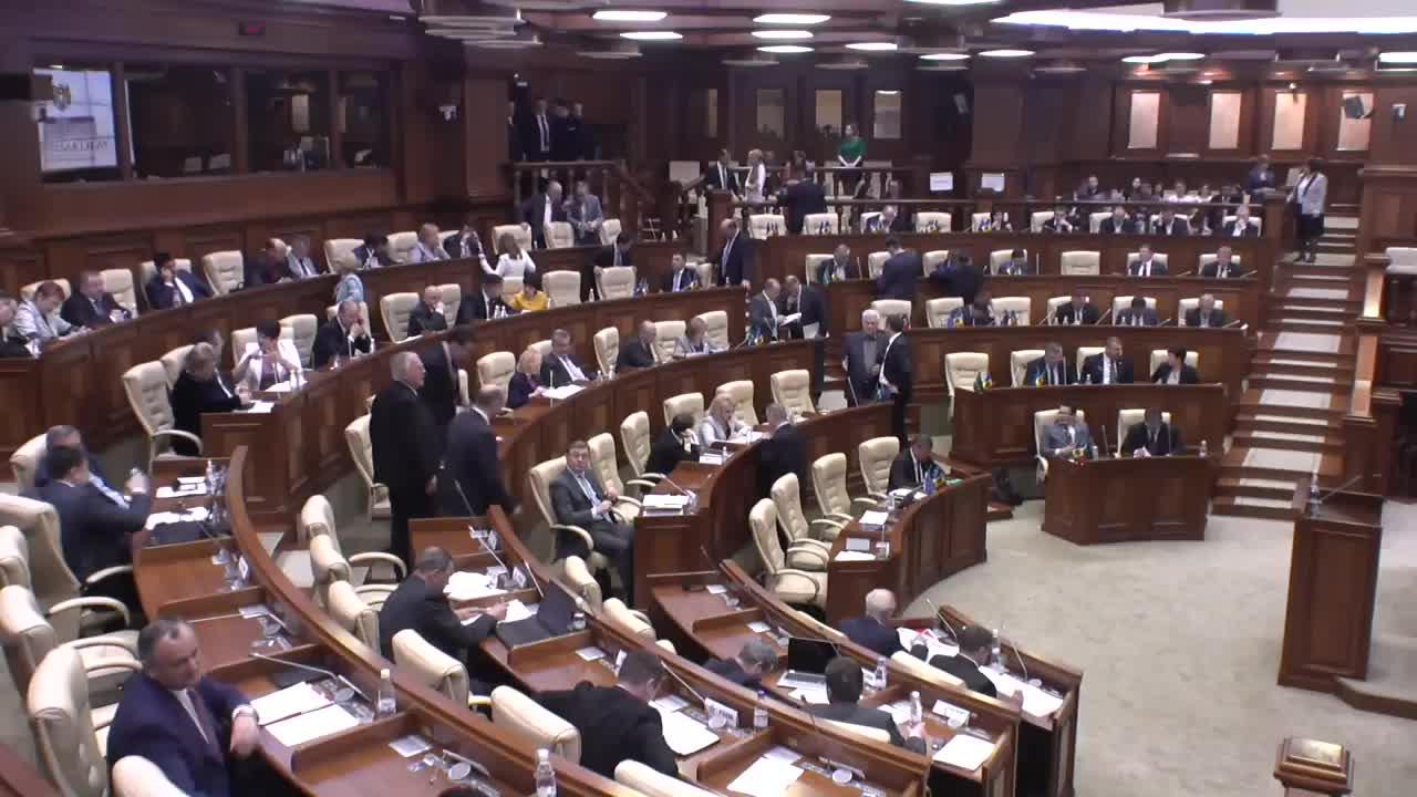 Sedinta Parlamentului Republicii Moldova din 14 mai 2015, ora 10.00