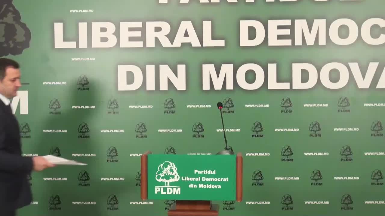 Conferinta de presa sustinuta de presedintele PLDM, Vlad Filat, privind demisia prim-ministrului Chiril Gaburici, 13.00