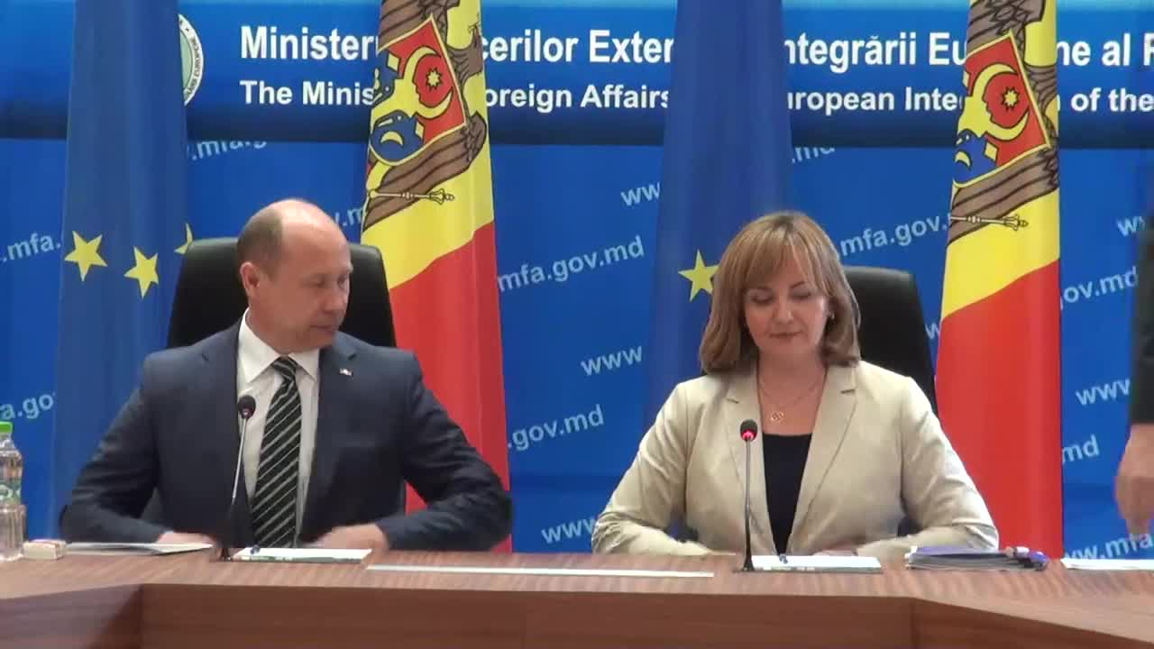 Conferinta de presa sustinuta de Valeriu Strelet si Natalia Gherman cu ocazia marcarii a unui an de la implementarea Acordului de Asociere RM-UE