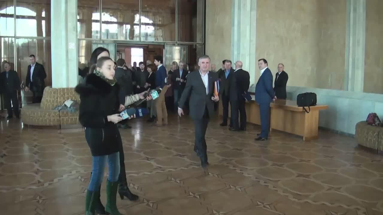 Declarațiile candidatului la funcția de prim-ministru, Ion Sturza, după prezentarea echipei și programului de guvernare