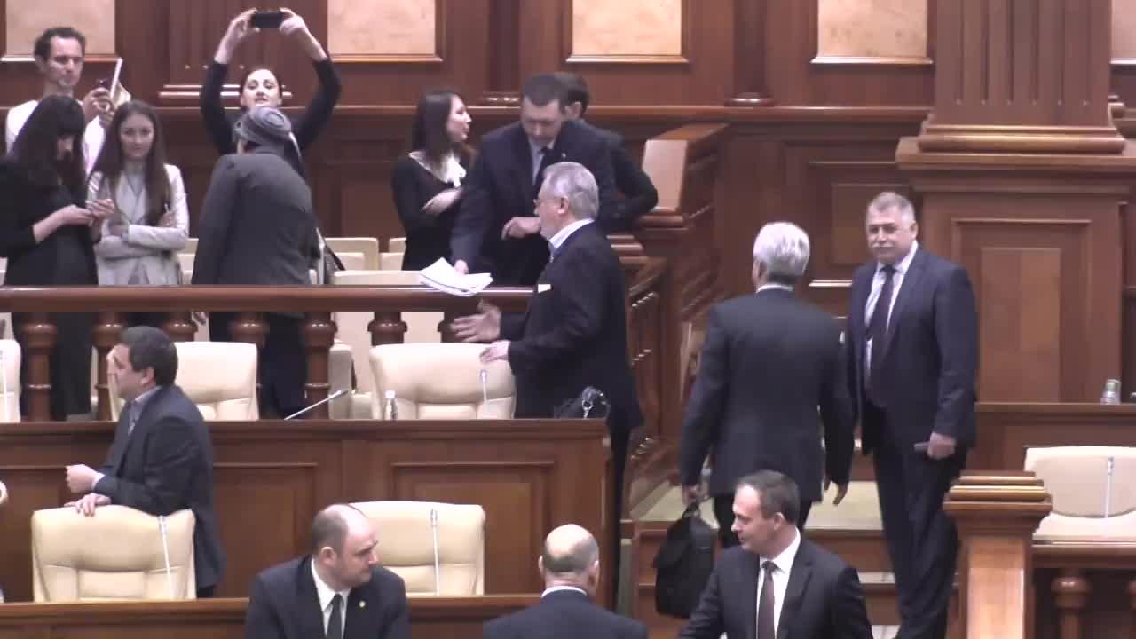Ședința Parlamentului Republicii Moldova din 14 aprilie 2016
