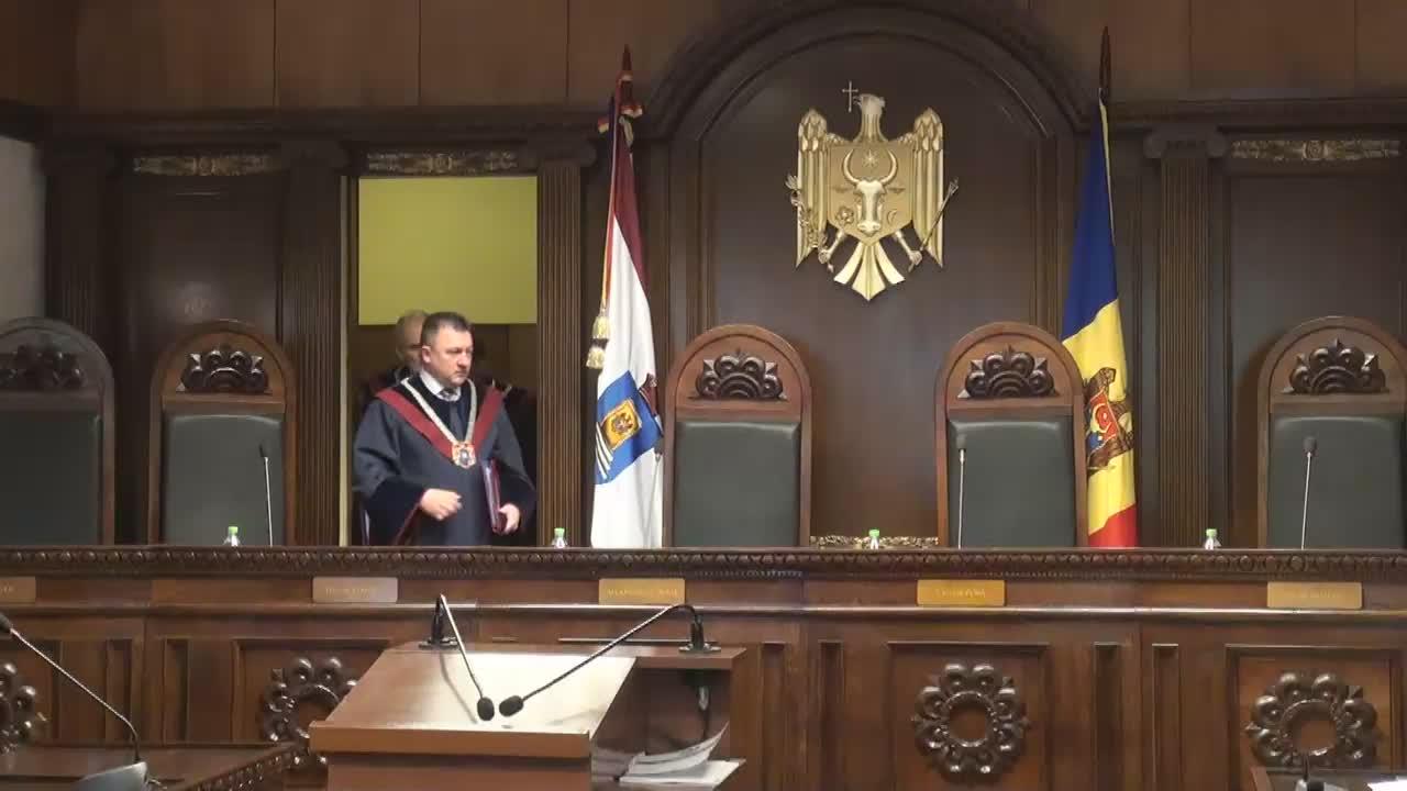 Pronunțarea de către Curtea Constituțională a avizului privind includerea în Constituție a capitolului privind Avocatul Poporului