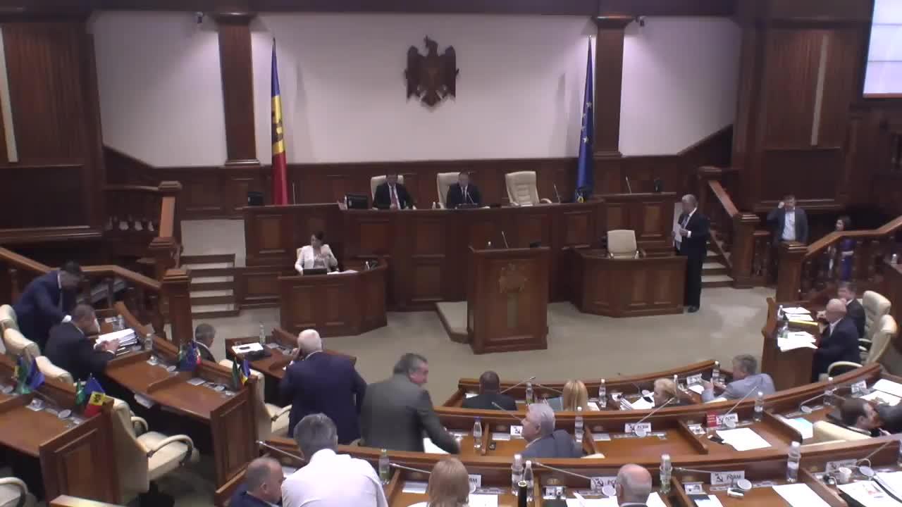 Ședința Parlamentului Republicii Moldova din 27 iulie 2016