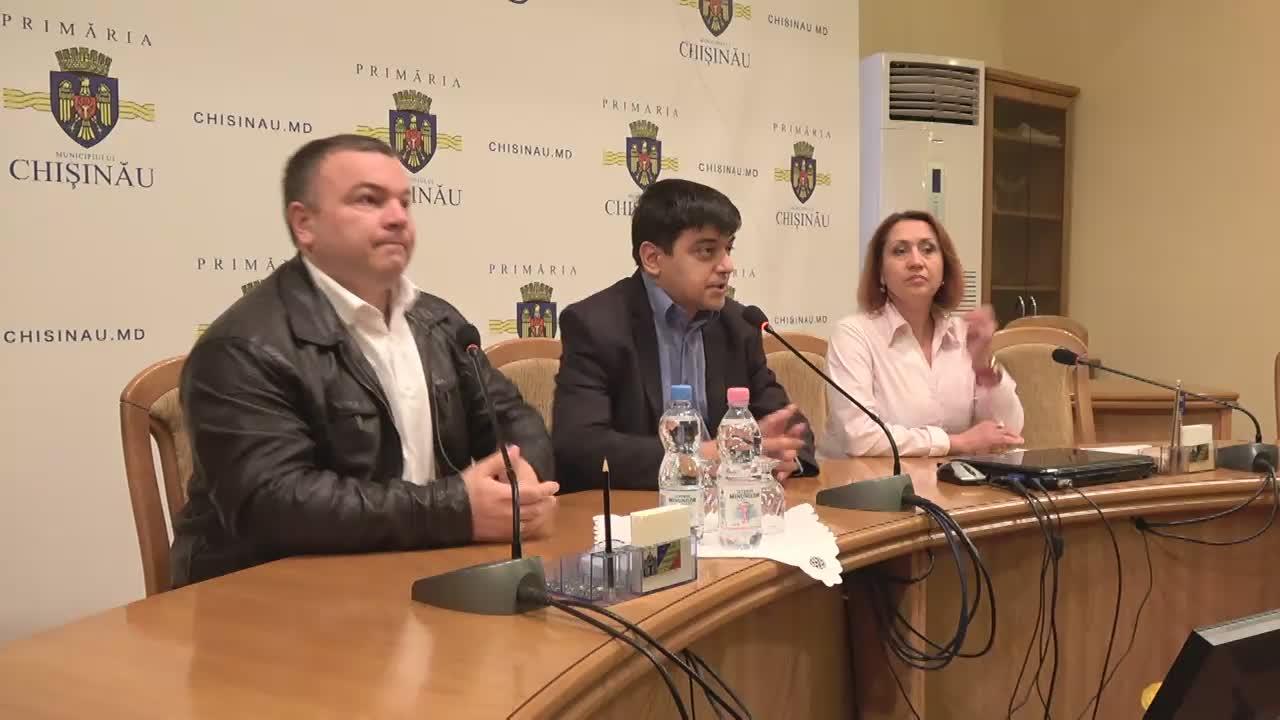 """Conferință de presă susținută de consilierii municipali PSRM cu tema """"Situația privind demolarea cinematografului Gaudeamus"""""""