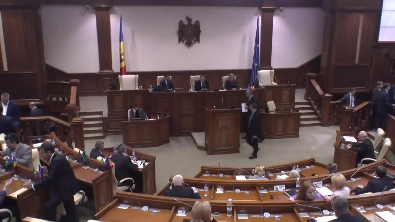 Ședința Parlamentului Republicii Moldova din 27 septembrie 2016