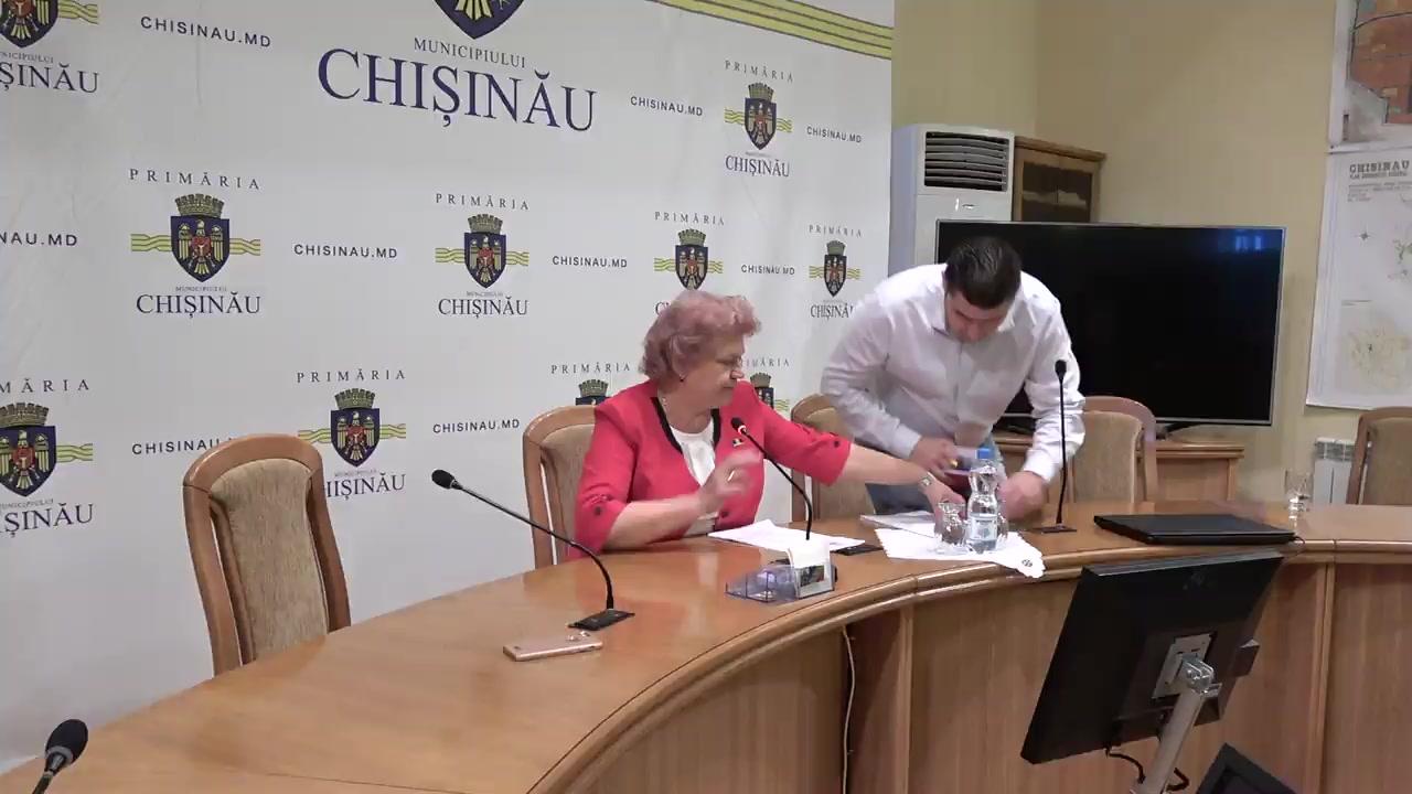 """Briefing organizat de consilierii municipali ai PSRM cu tema """"Majorarea remunerării muncii personalului din grădinițe"""""""