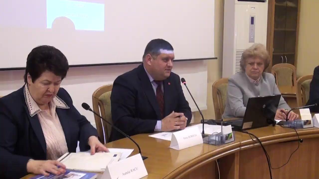 """Dezbateri publice organizate de fracțiunea PSRM din CMC cu tema """"Politici de protecție socială a persoanelor cu nevoi speciale și suportul bugetar pentru anul 2018"""""""