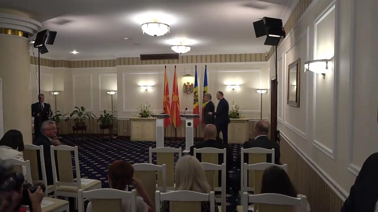 Conferință de presă susținută de Președintele Republicii Moldova, Igor Dodon, și Președintele Republicii Macedonia, Gjorge Ivanov