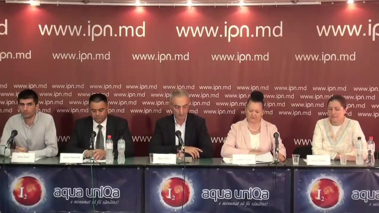 """Conferința de presă organizată de Reprezentanții Comitetului Părintesc al Instituției Private de Învățământ Liceul Teoretic """"Orizont"""" cu tema """"Încetarea returnării forțate a profesorilor turci"""""""