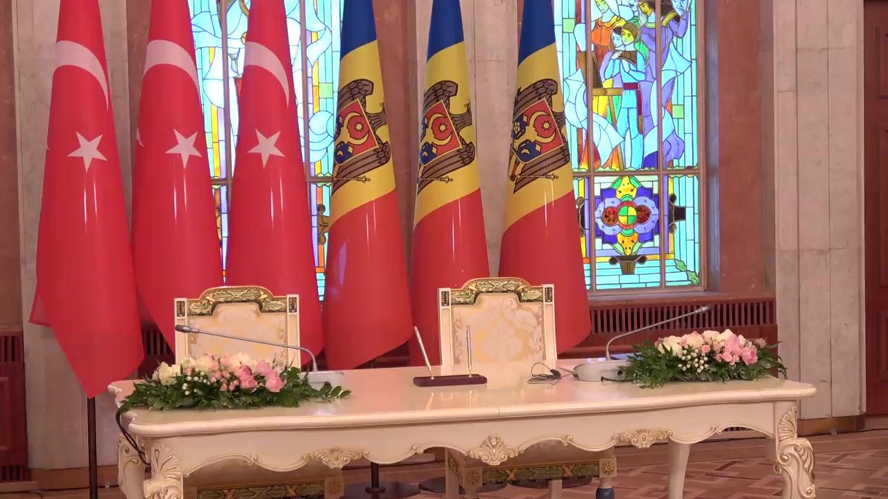 Semnarea declarației comune de cooperare strategică între Republica Turcia și Republica Moldova și declarație de presă susținută de Președintele Republicii Moldova, Igor Dodon, Președintelui Republicii Turcia, Recep Tayyip Erdoğan