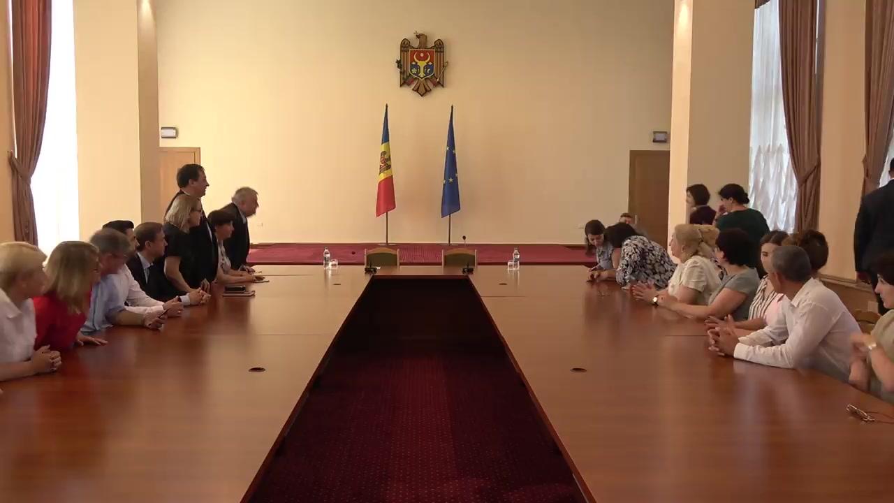 Prezentarea noului ministru al Educației, Culturii și Cercetării, Liliana Nicolăescu-Onofrei