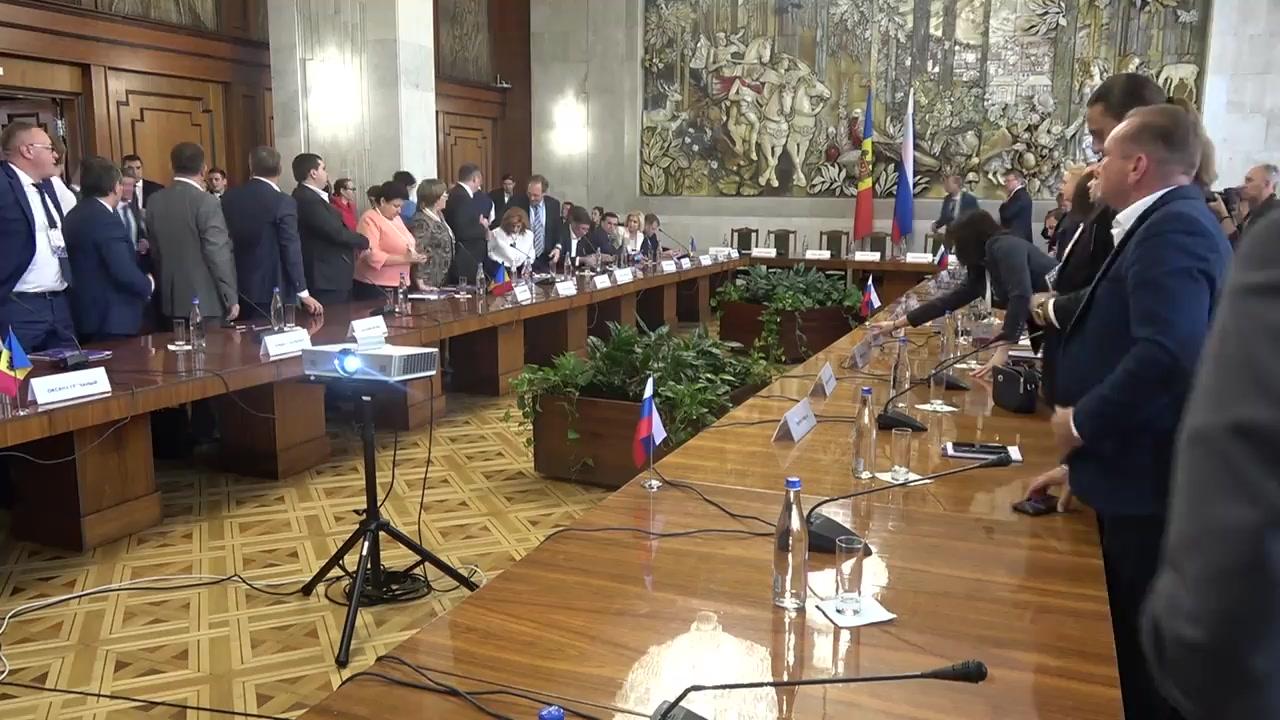 """Forumul Economic moldo-rus, ediția a II-a. Ședința Consiliului Economic moldo-rus cu genericul """"Cooperarea comercial-economică. Bariere și perspective"""""""