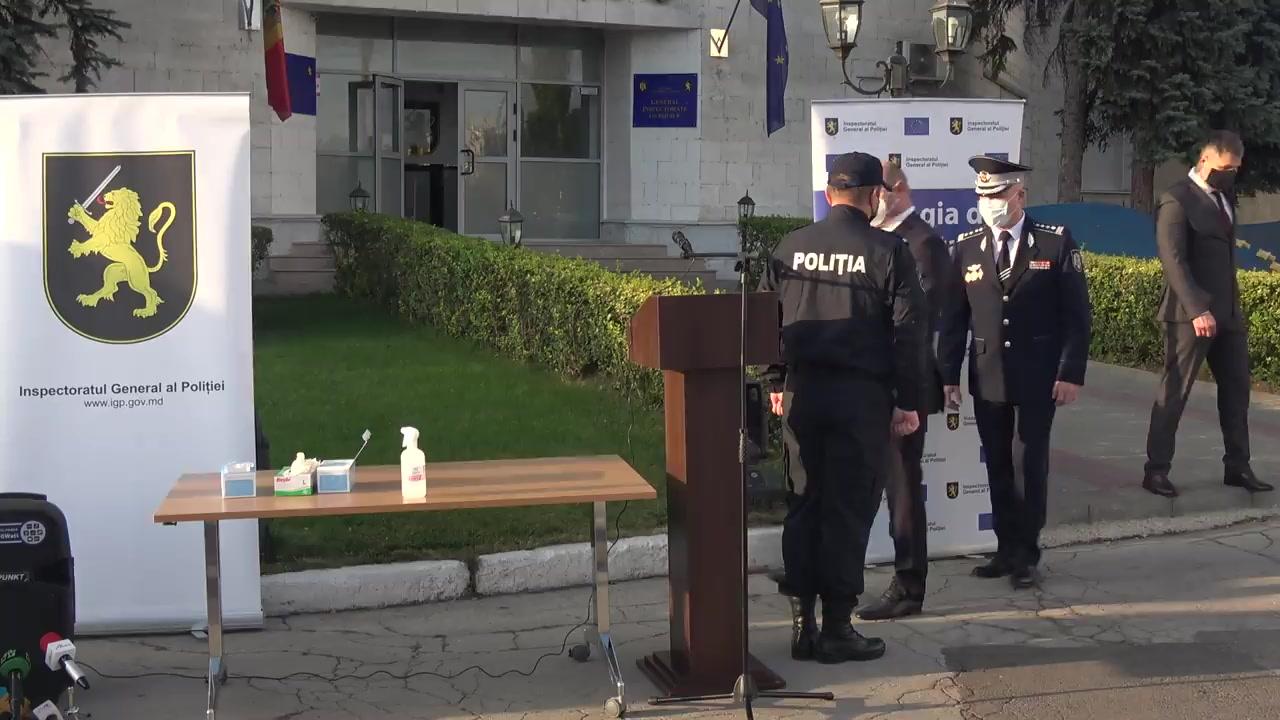Evenimentul de repartizare a 52 de automobile pentru grupele operative de urmărire penală din cadrul unităților teritoriale ale Poliției și municipiul Chișinău