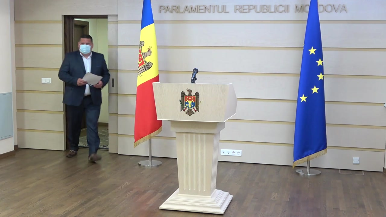 Briefing de presă susținut de fracțiunea parlamentară PSRM