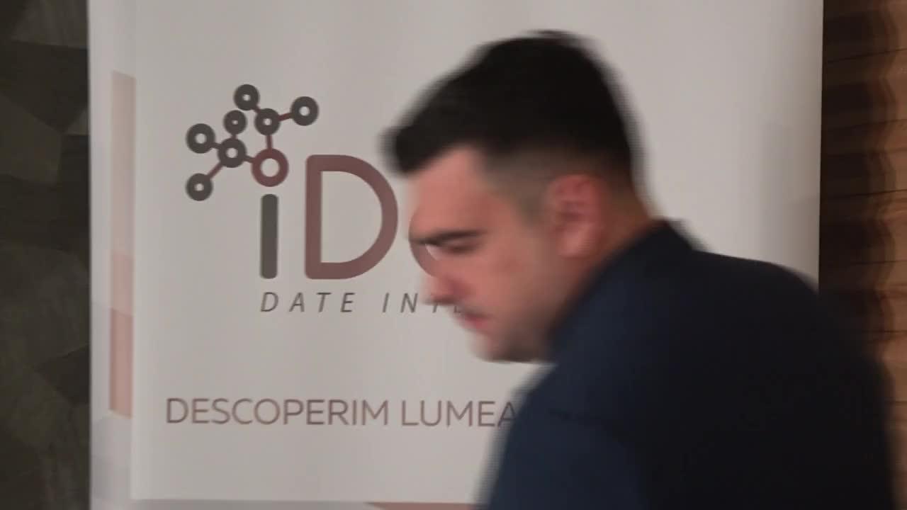 """Conferința de presă organizată de compania Date Inteligente SRL (iData) cu tema """"Studiul de audiență iData. Studiul socio-politic iData. Septembrie 2021"""""""