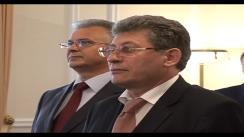 Președintele interimar, Președintele Parlamentului Republicii Moldova Mihai Ghimpu are întrevedere de lucru cu Mats Aberg, Ambasadorului Extraordinar și Plenipotențiar al Regatului Suediei în Republica Moldova, cu ocazia încheierii misiunii diplomatice a acestuia în țara noastră. Imagini preluate de pe parlament.md
