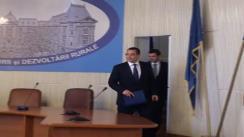 Conferință de presă pe tema priorităților de guvernare în agricultură susținută de Victor Ponta și Daniel Constantin