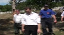 Vizita prim-ministrului Vlad Filat în comuna Măcărești, raionul Ungheni. Barajul principal.