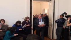 """Președintele PDL, Vasile Blaga, își depune moțiunea intitulată """"România Dreaptă. PDL- Politică dincolo de lozinci"""" pentru candidatura la președinția PDL"""