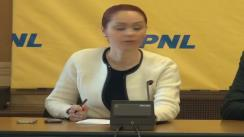 Conferință de presă susținută de deputații PNL, Cristina Pocora, Alina Gorghiu, și europarlamentarul, Renate Weber