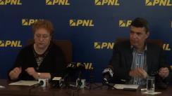 Conferință de presă susținută de europarlamentarul liberal, Renate Weber, și vicepreședintele PNL, Marian Petrache