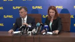 Conferință de presă susținută de membrii PNL - Cristina Pocora și Tudor Barbu