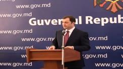 Prim-ministrul Vladimir Filat sustine o conferinta de presa