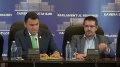 Conferință de presă susținută de președintele Comisiei pentru comunitățile de români din afara granițelor țării, Mircea Lubanovici, și vicepreședintele Comisiei, Mircea Dolha