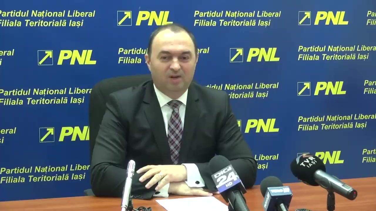 Conferință de presă susținută de Cristian Adomniței, președintele PNL Iași