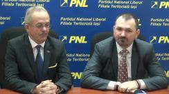 Conferință de presă susținută de președintele filialei municipale PNL Iași, Marius Dangă, și Anton Doboș, deputat PNL