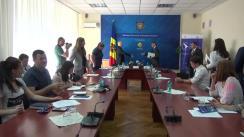Conferință de presă susținută de ministrul Economiei, Stephane Bride, șeful Oficiului Băncii Mondiale din Moldova, Alex Kremer și directorul Unității de Implementare a Proiectului pentru Ameliorarea Competitivității, Aurel Casian