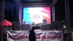Igor Dodon și Renato Usatîi răspunde la întrebările locuitorilor și vizitatorilor Orășelului Moldovei - Victoriei
