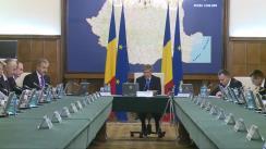 Ședința Guvernului României din 25 noiembrie 2015 (imagini protocolare)