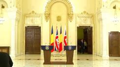 Briefing susținut de președintele României, Klaus Iohannis, și prim-ministrul Regatului Unit al Marii Britanii și Irlandei de Nord, David Cameron