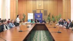 Evenimentul de transmitere a echipamentelor pentru crearea laboratoarele digitale de fizică în 10 instituții școlare din Republica Moldova