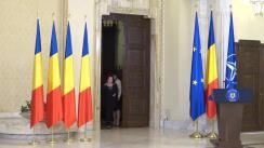 Ceremonia de decorare a trupei Cargo, a doamnei Stela Popescu și a domnului Florin Piersic