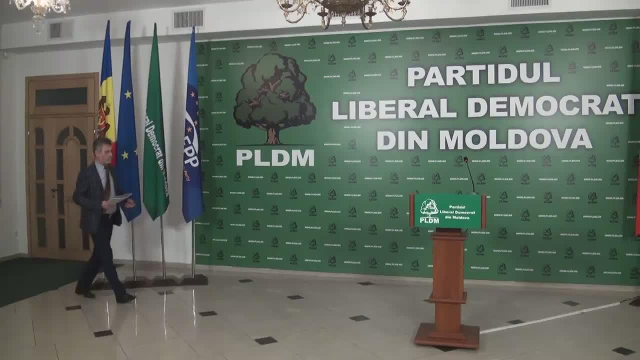 Briefing susținut de președintele fracțiunii parlamentare a PLDM, Tudor Deliu