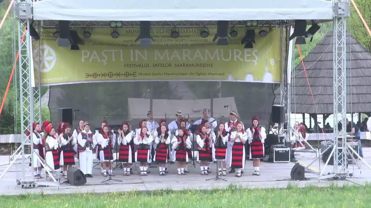 """Spectacolul extraordinar """"Cântec și poveste în Maramureș"""""""