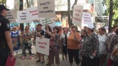 """Protest organizat de un grup de locuitori ai orașului Orhei și fracțiunea """"Pentru Orhei"""" în fața Consiliului Coordonator al Audiovizualului și JurnalTV"""