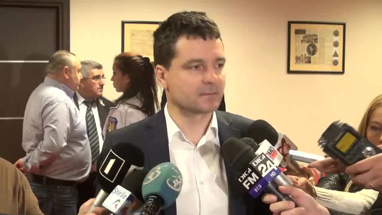 Conferință de presă susținută de Nicușor Dan