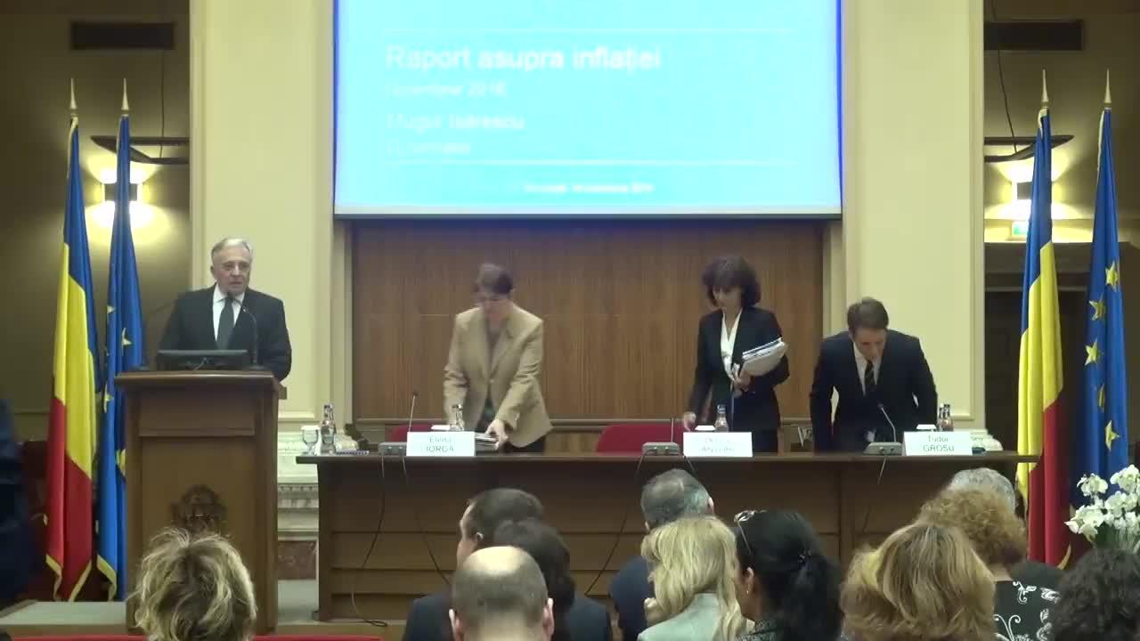 Conferință de presă susținută de guvernatorul Băncii Naționale a României, Mugur Isărescu, pentru prezentarea Raportului trimestrial asupra inflației