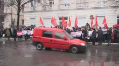 Acțiune de protest organizată de deputații, membrii și susținătorii PSRM împotriva majorării tarifelor la energia electrică